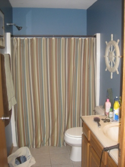Upstairs Bathroom Before | Fairhome Road